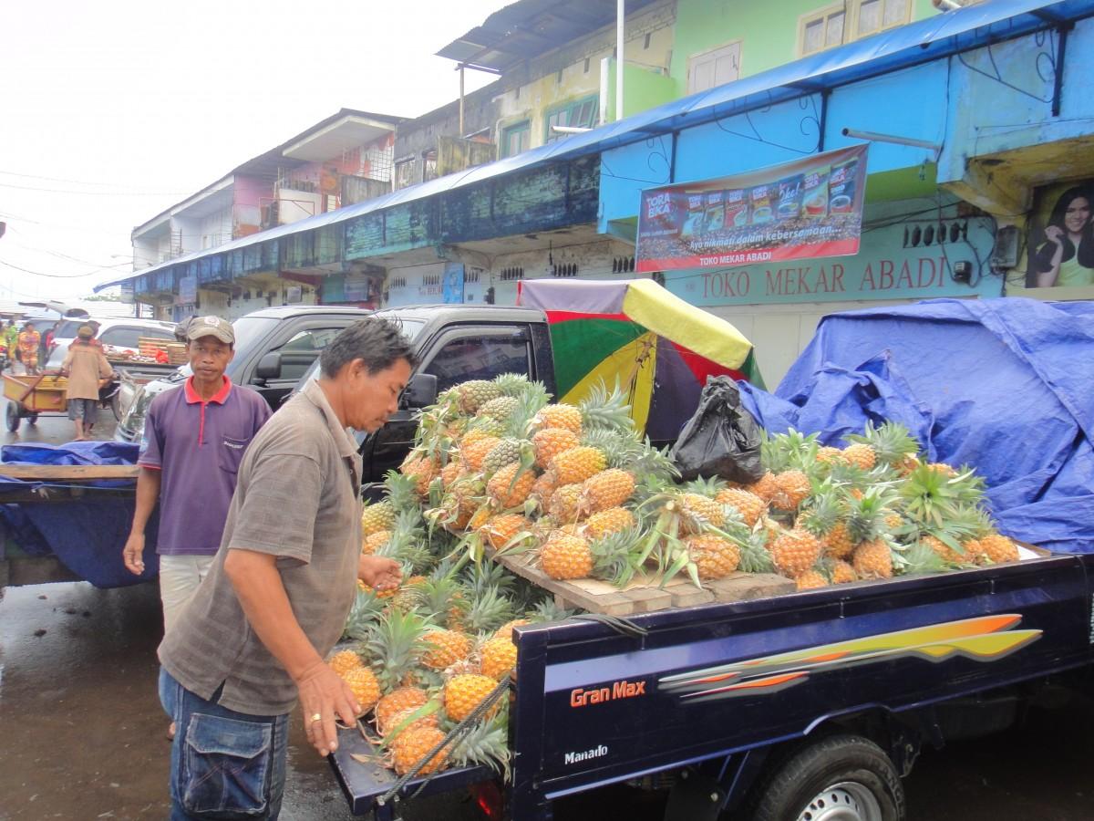 Wet market tour 6