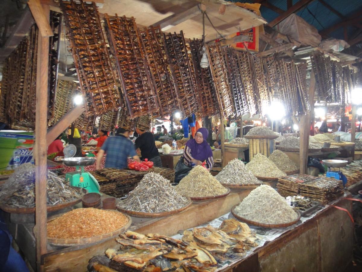 Wet market tour 8