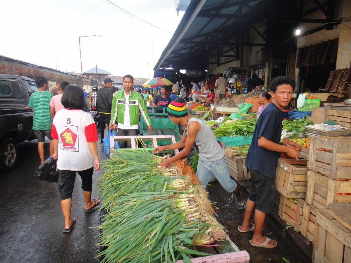 Wet market tour 9